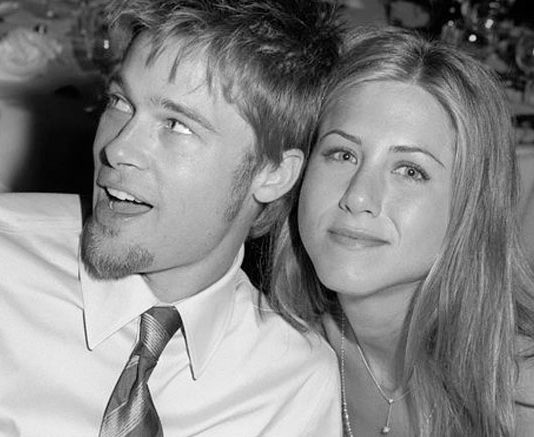 WHAT? Brad Pitt PROPOSED Jennifer Aniston Just After His Split With Angelina Jolie?
