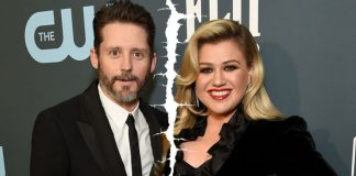 WHAT! Stronger Singer Kelly Clarkson Files Divorce With Husband Brand Blackstock