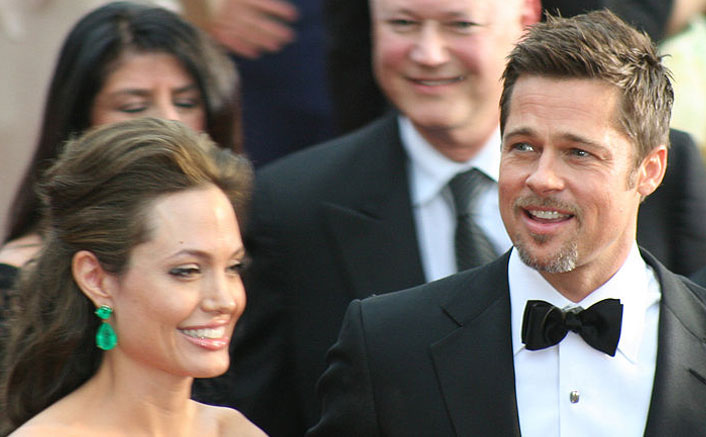 When 'Eternal Beauty' Angelina Jolie Flaunted Her Baby Bump At A Red Carpet & You Won't Even Notice Brad Pitt