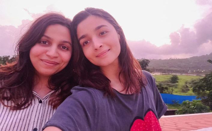 Alia Bhatt Enjoys 'Pink Sunset' With Sister Shaheen Bhatt