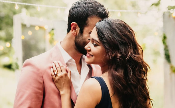 """Debunking the Seven Year Itch: """"Hello Mini"""" Actress Anuja Joshi and """"4 More Shots Please"""" Actor Ankur Rathee get Engaged after a seven-year courtship"""