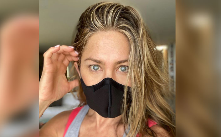 "FRIENDS' 'Rachel' Jennifer Aniston Tells People To Be Careful, Says ""Wear A Damn Mask""(Pic credit: jenniferaniston/Instagram)"