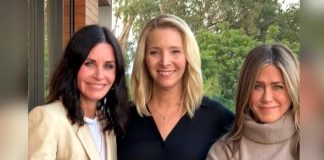 FRIENDS Stars Jennifer Aniston, Courteney Cox & Lisa Kudrow Have An Adorable Way To Motivate Fans For Elections