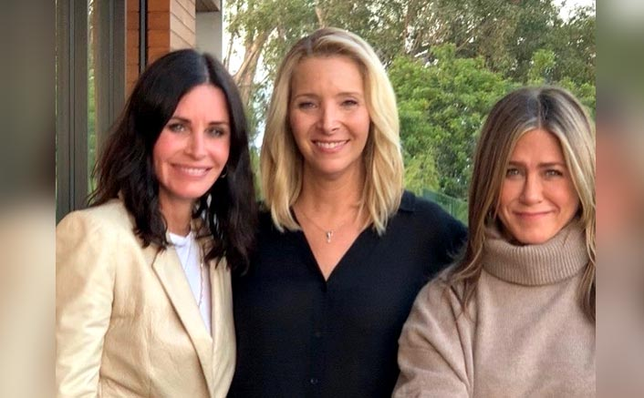 FRIENDS Stars Jennifer Aniston, Courteney Cox & Lisa Kudrow Motivate Fans For Elections In An Adorable Way!