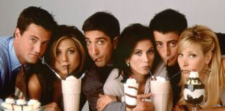 FRIENDS: These Behind The Scene Pictures Starring Jennifer Aniston, Matthew Perry & Courteney Cox Is Nothing But Sheer BLISS
