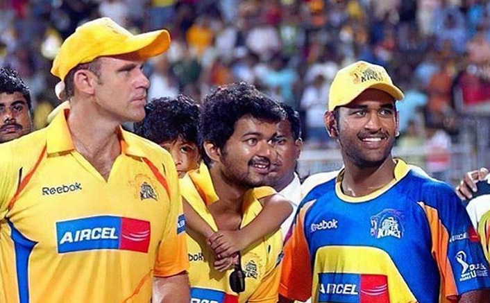 Happy Birthday MS Dhoni: Mathew Hayden's Throw Back Picture With 'Captain Cool' & Thalapathy Vijay Goes Trending