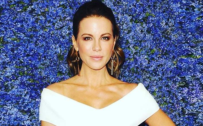 Kate Beckinsale Astonished After Receiving A Bunny Rabbit From A Fan As Her Birthday Gift