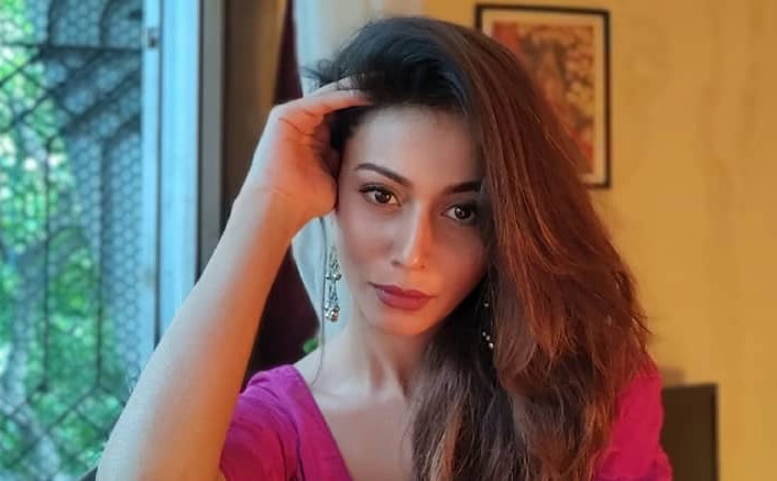 Madhurima Roy Lived In A First Amid Wild Animals For Her Web Show 'Mafia'