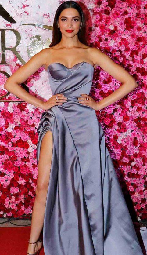 Deepika Padukone/ Lux Rose Golden Awards