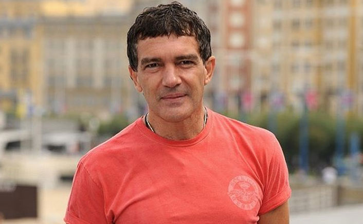 """Antonio Banderas Confirms His Recovery From COVID-19: """"I Am Cured"""""""