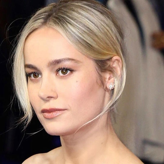 Brie Larson's Rise & Shine In Blue With A No-Makeup Look Is The GRAND Captain Marvel Entry Fashionistas Needed, Check Out!