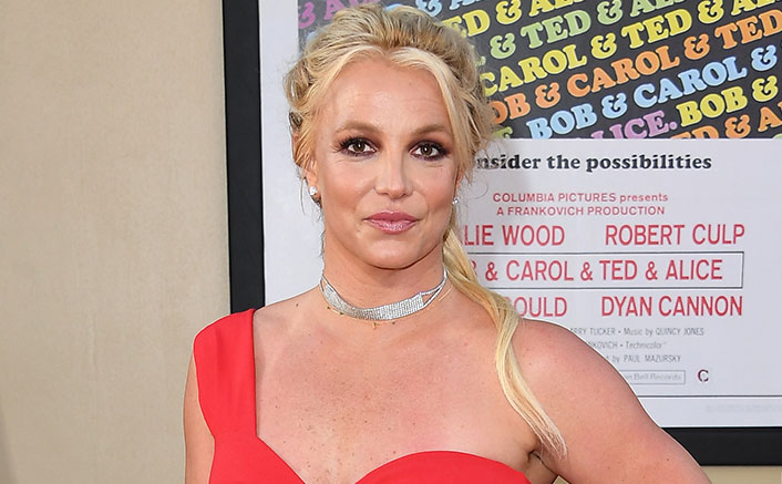 Britney Spears' Killer Dance Moves In Black Outfit Will Make You Go Weak At The Knees!