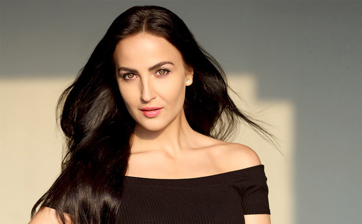 Elli AvrRam bakes some 'decent' cookies