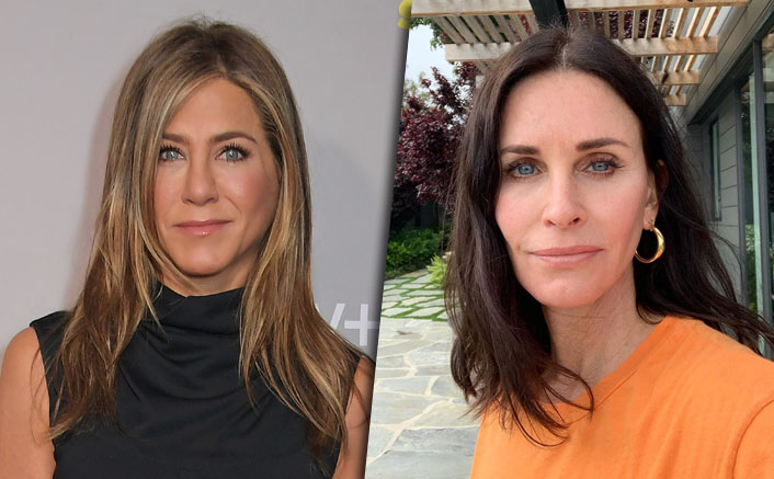 FRIENDS: Courteney Cox-Jennifer Aniston Play Pool Together But All We See Is Monica & Rachel Competing!