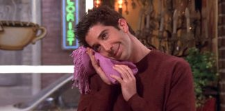 FRIENDS Trivia: Did You Know? David Schwimmer AKA Ross Was Of 29 Years For 3 Seasons Straight?