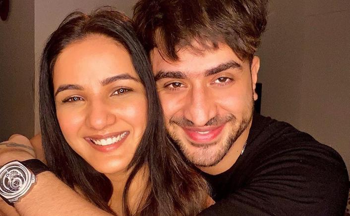 Jasmin Bhasin Breaks Silence On Dating Rumours With Khatron Ke Khiladi Co-Star Aly Goni!