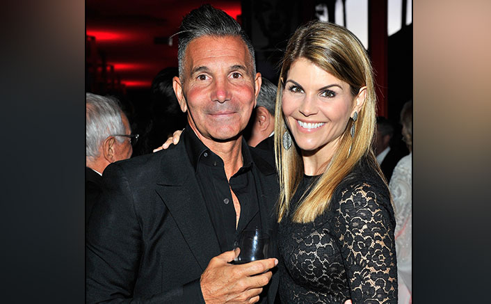 Lori Loughlin Sentenced To Two Months Jail & Husband Mossimo Giannulli Gets Locked Up For Five Months