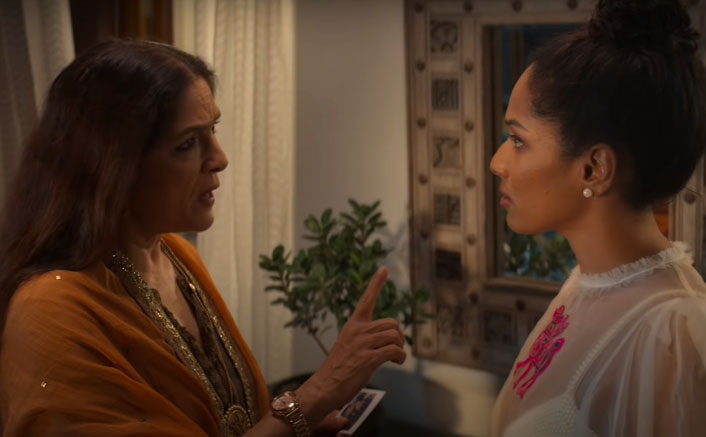 Masaba Masaba Review: Neena Gupta Is Our Showstopper As Her Daughter Owns  Her Fashion Empire!