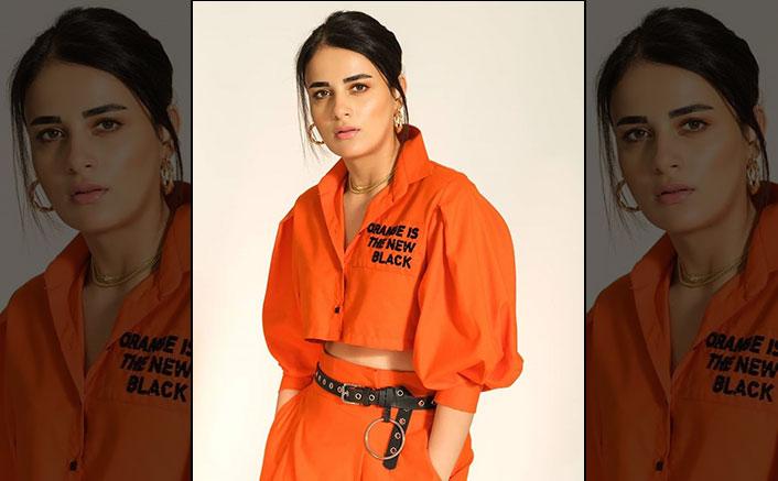 Radhika Madan joins the 'Binod' meme frenzyi