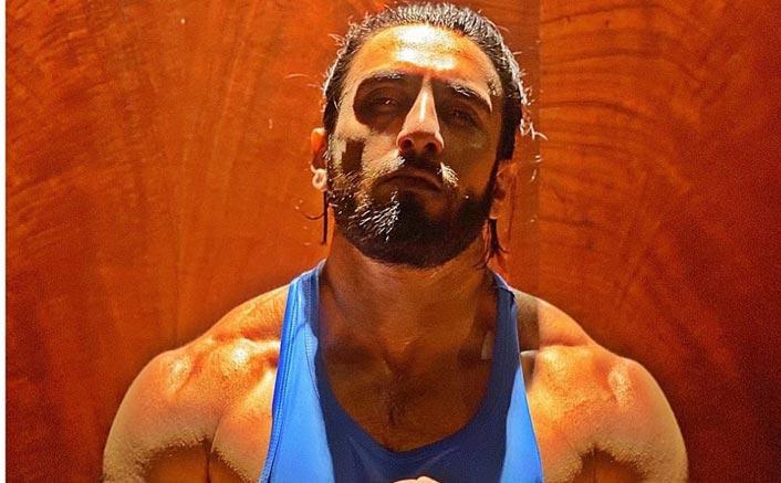 Ranveer Singh's Beefed Up Body Is Giving Major Fitness Goals During Lockdown