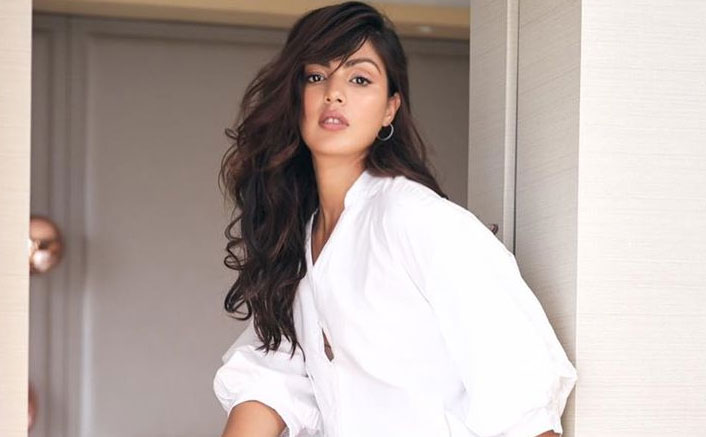 Sushant Singh Rajput: Rhea Chakraborty Wasn't Summoned By ED On Tuesday Reveals Her Lawyer