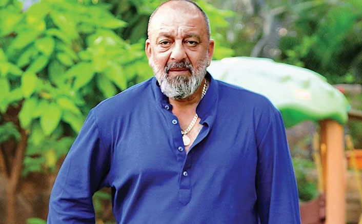 Sanjay Dutt Gets Discharge From Hospital, Returns Home With A Thumbs Up!