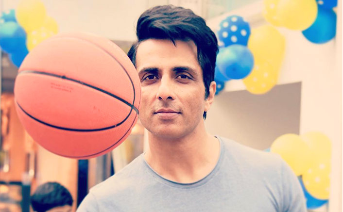 """Sonu Sood From Becoming A Reel-Life Villain To Real-Life Hero, """"This Is The Best Role I've Ever Played"""""""
