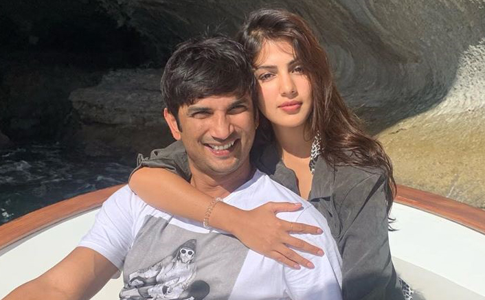 Sushant Singh Rajput Death Case: Forensic Reports Reveal No Major Transactions From Late Actor's Bank Account To Rhea Chakraborty