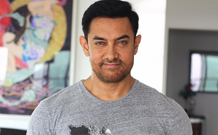 Aamir Khan Pens Down A Heartfelt Note On The Demise Of His Teacher Suhas Limaye