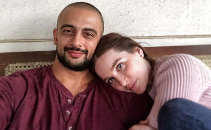 Arunoday Singh's Wife Lee Elton Files Petition At Jabalpur High Court Challenging The Divorce Decree