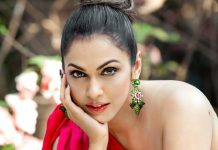 https://static-koimoi.akamaized.net/wp-content/new-galleries/2020/09/isha-koppikar-opens-up-about-being-replaced-in-films-i-was-about-to-get-a-role-but-then-somebody-called001.jpg