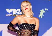 Miley Cyrus Goes Topless, Almost Strips On Social Media, Fans Question Her Mental Health