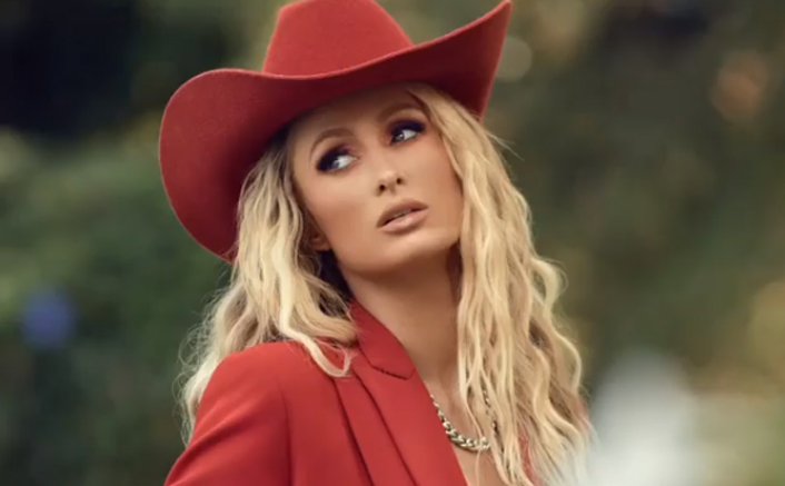 Paris Hilton Feels 'Responsible' For Teenagers Being Obsessed With Social Media