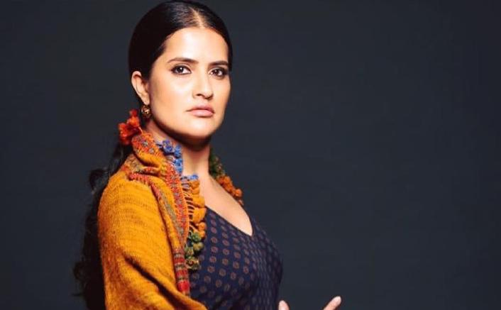 Sona Mohapatra Supports Rhea Chakraborty & Shares Tips On Right Way To Smash Patriarchy In Bollywood