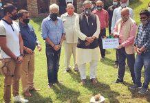 Uttarakhand CM Rawat at muhurat of Karanvir Bohra's latest