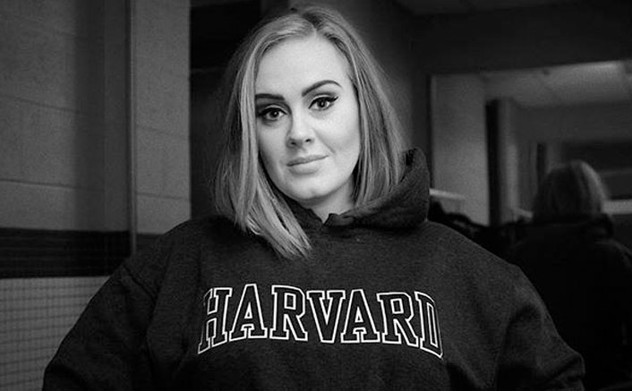 """Adele ROCKS SNL With Her Weight Loss Joke: """"I Had To ..."""