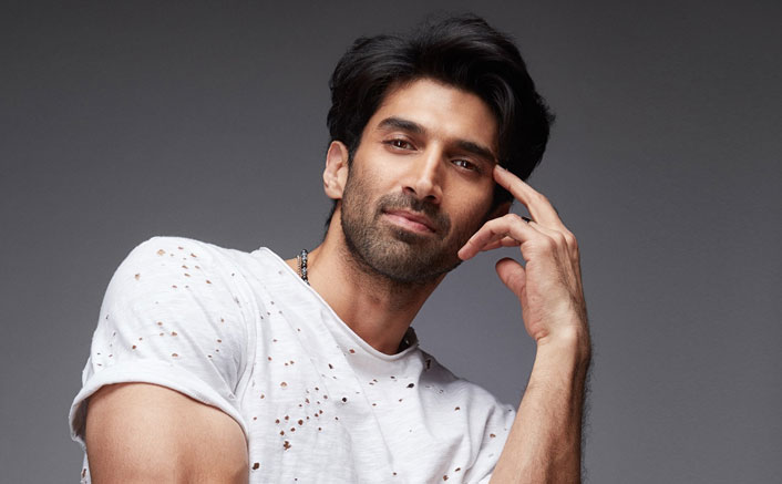 Aditya Roy Kapur Confesses Being Caught While Making Out In Public!