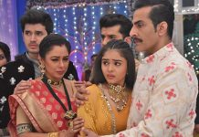Anupamaa wins appreciation for saving Pakhi from the stalker, Vanraj thanks her