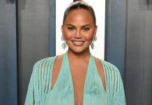 Chrissy Teigen Penns Down An Emotional Essay Detailing Her Pregnancy Loss