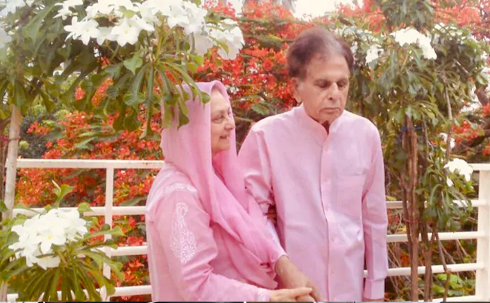 Dilip Kumar & Saira Banu Decide To Skip This Year's Wedding Anniversary Celebration