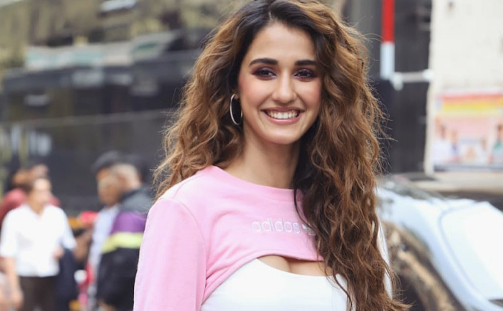 Disha Patani does a perfect butterfly kick; fitness at its best!