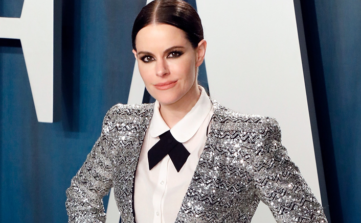 Emily Hampshire Dating History: Here's Who The Actress Has Been With In The Past!