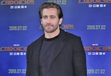 Jake Gyllenhaal To Star In A HBO Series Titled The Son!