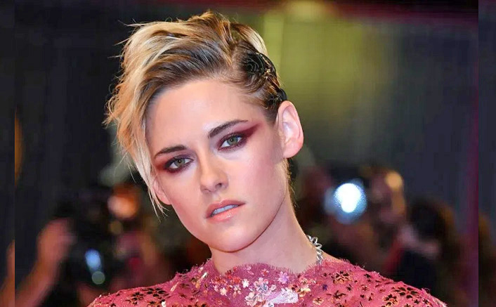 """Kristen Stewart On Saying 'Everything Is Fine' Being A Queer Actor: """"That's Bullshit, It's Been Hard, Weird"""""""