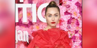 Miley Cyrus: I got chased down by UFO