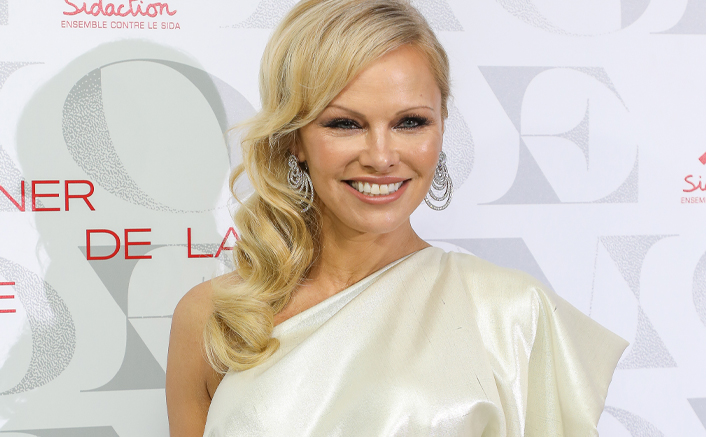 """Pamela Anderson On Not Being Able To See Her Youngest Son Due To Pandemic: """"There Is An Epidemic Of Loneliness..."""""""