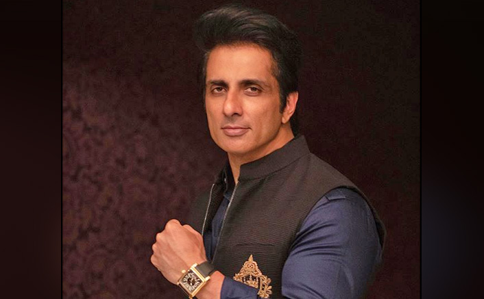 Sonu Sood Helps Students In A Haryana Village, Proves Again That He Has A Big Heart!