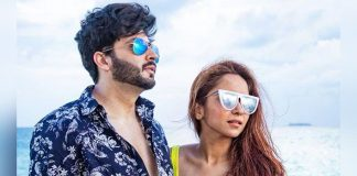 Dheeraj Dhoopar, Vinny Arora get romantic on Wedding Anniversary