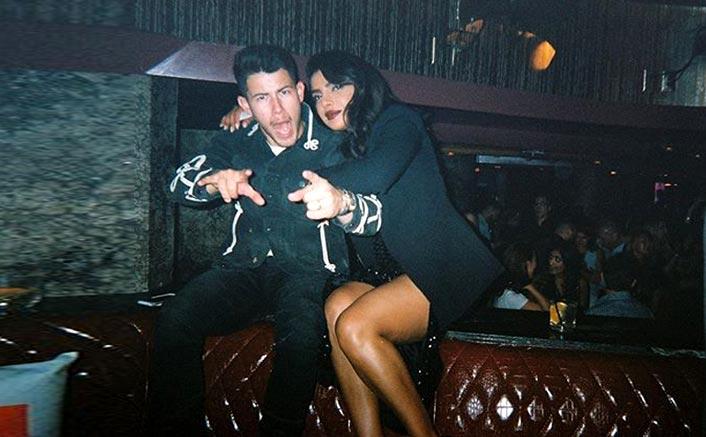"Nick Jonas Shares A Lovely Pic With Priyanka Chopra Jonas, Asks ""How Lucky Am I?"""