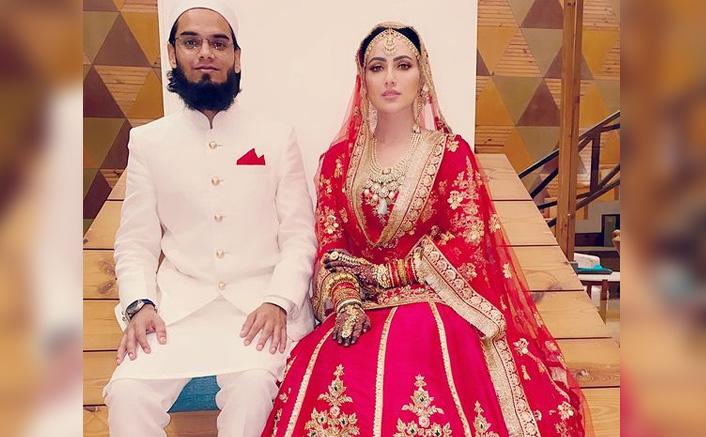 Sana Khan & Husband Anas Sayied Go On A Starbucks Date(Pic credit: Facebook/sanakhaan21)